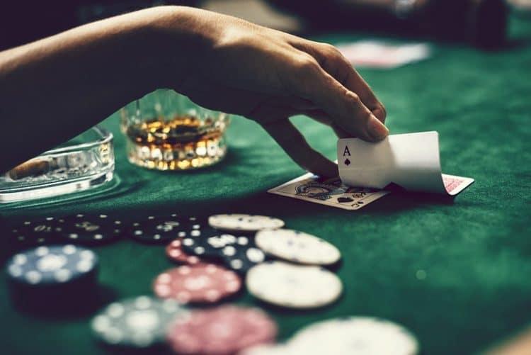 Få mere ud af online casinoer med velkomstbonusser